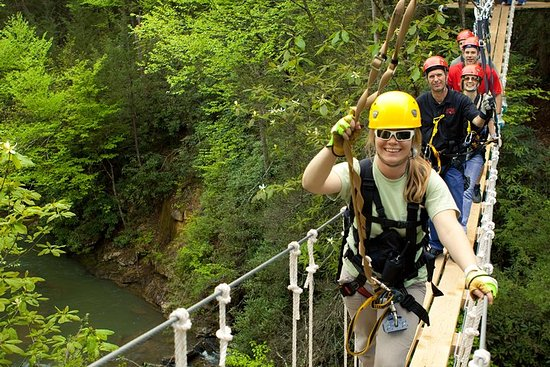 Ny River Gorge Zip Line Canopy Tour