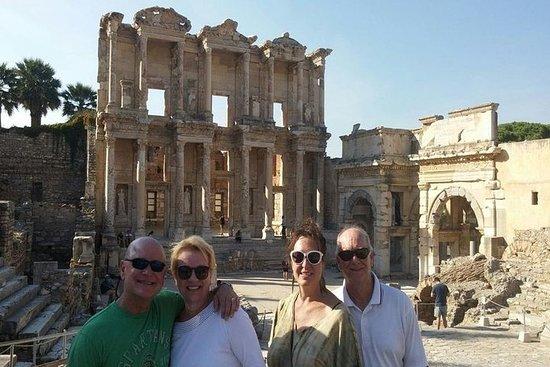 Фотография Family Fun Ephesus and Water Park Tour from Kusadasi