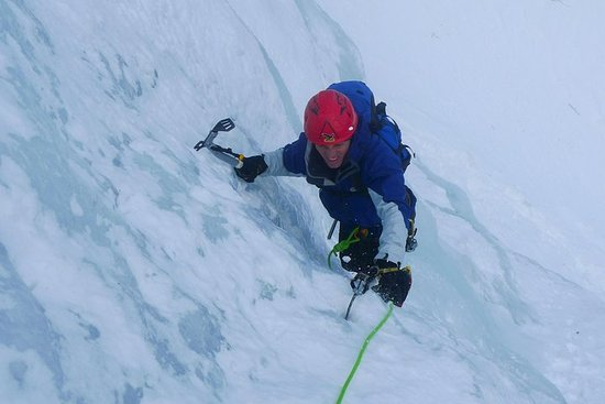 Ice climbing - The Sinji waterfall Resmi