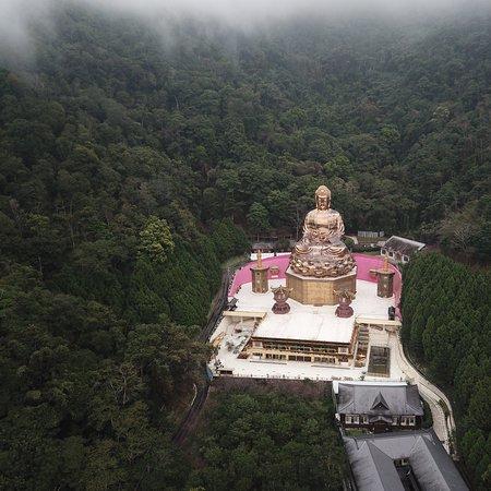 Puli ZhengDe Big Buddha