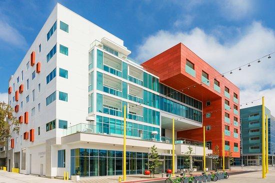 Courtyard by Marriott Santa Monica