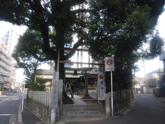 市川八幡神社