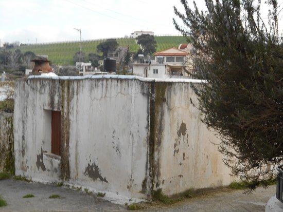 Pendamodi, Greece: Παλιό σοκάκι στο Πενταμόδι.