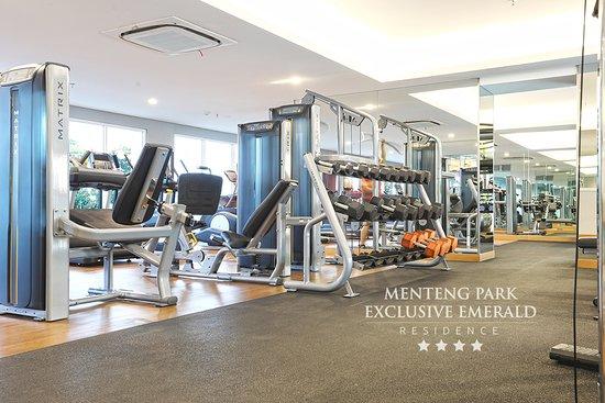 "Menteng Park Exclusive Emerald  "" Fitnes Center"""