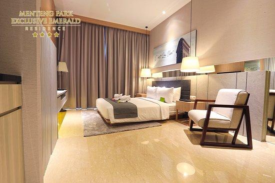 """Menteng Park Exclusive Emerald  """"Deluxe Room"""