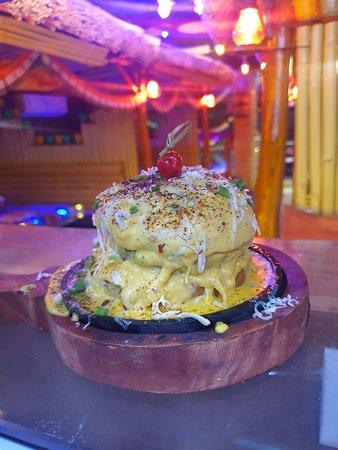 Cheesy lava Burger