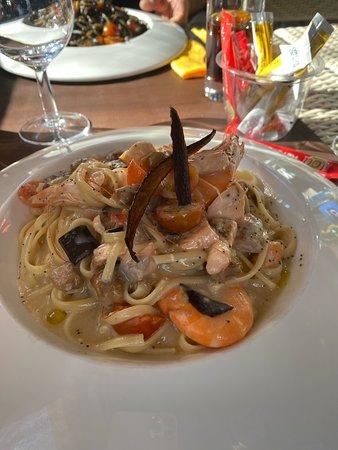 Saint-Privat-des-Vieux, Франция: Excellent restaurant très bonne pâte très bon vin tout à l'italienne je recommande
