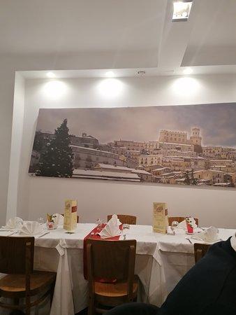 Particolare ristorante Sant'Emilia