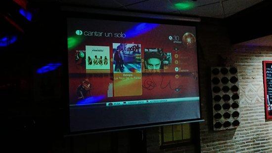 Cabanillas del Campo, España: Karaoke