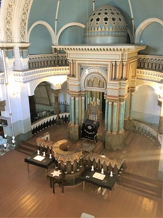 The sanctuary from the balcony