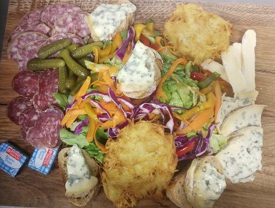 Boen-sur-Lignon, Francia: Salade forézienne
