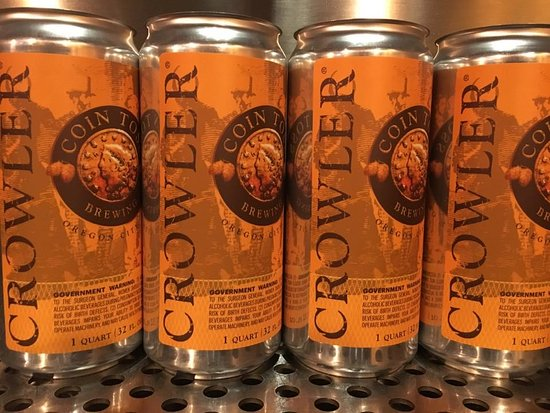 Oregon City, OR: We offer delicious local beer-to-go in convenient 32 ounce Crowler cans!
