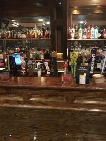 Suffield, CT: Beers on Tap
