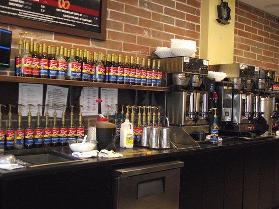 NH - SOMERSWORTH - AROMA JOE'S - COFFEE & FOOD PREP AREA