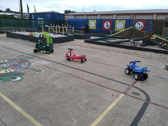 The Crazy Cow Activity Centre: Ride on cars for little kids and big kids up to 60kg