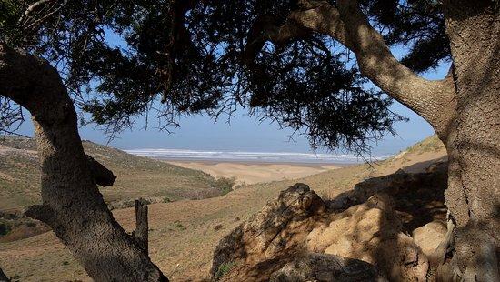 As-Sawíra, Maroko: Début de la randonnée à la cascade Mbarek