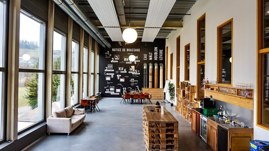 Puidoux, Suiza: Showroom