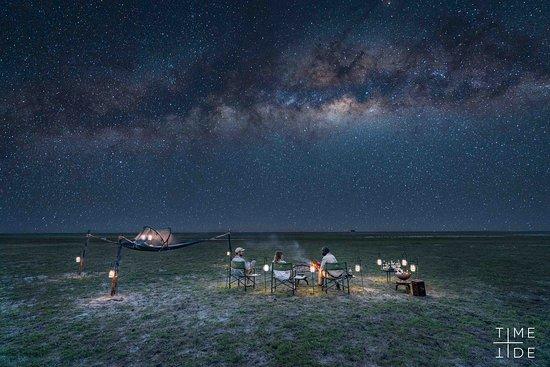 Liuwa Plain National Park, Zambia: Sleepout under the stars