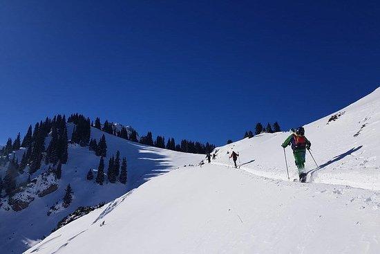 Ketmen ridge skitour-program