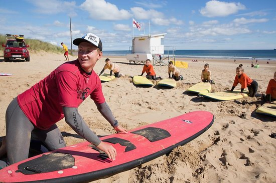 Tynemouth, UK: Kids club surf lesson