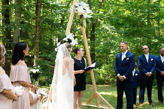 Voluntown, CT: Modern Boho Summer Wedding