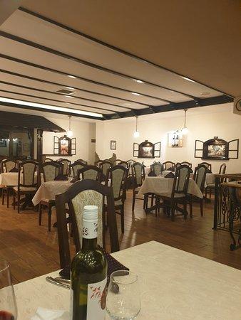 Licorna WineBar & Restaurant