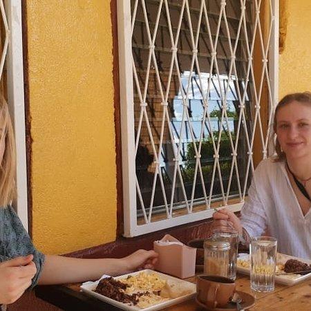 Département de Managua, Nicaragua: Amigas cafeteras desde Canadá, nos vistan en CAFÉ D'LIZ gourmet el aroma de las Segovias