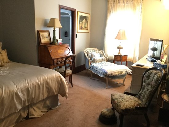 Seaforth, Canadá: The Versailles room - Queen sized with ensuite