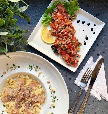 Паста и салат