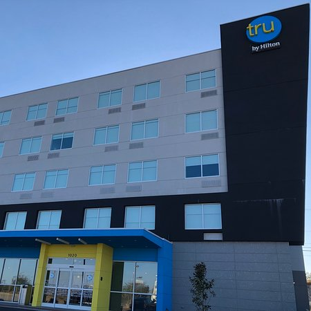 Pics from my stay at Tru by Hilton, Richmond, Kentucky. Was an awesome stay, excellent price point, and wonderful staff. Looking forward to staying again next time in Richmond.
