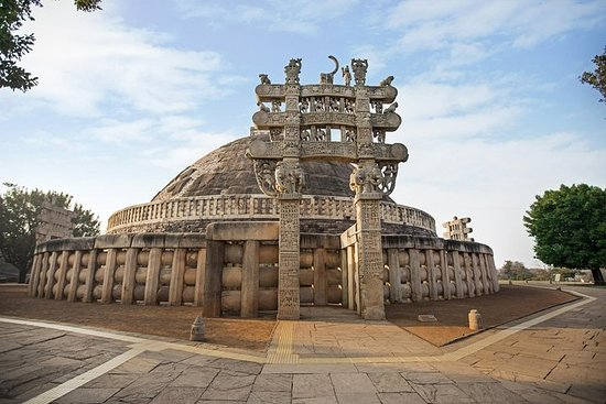 Full Day Excursion to Sanchi and Udaygiri Caves Tour from Bhopal