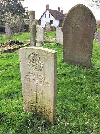24.  St Bartholomew's Church, Burwash, East Sussex;  the Commonwealth War Grave of Private A Kenward