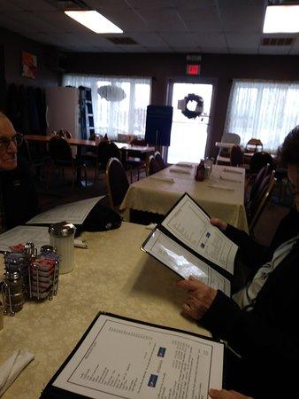 Rouses Point, État de New York: Tables are available