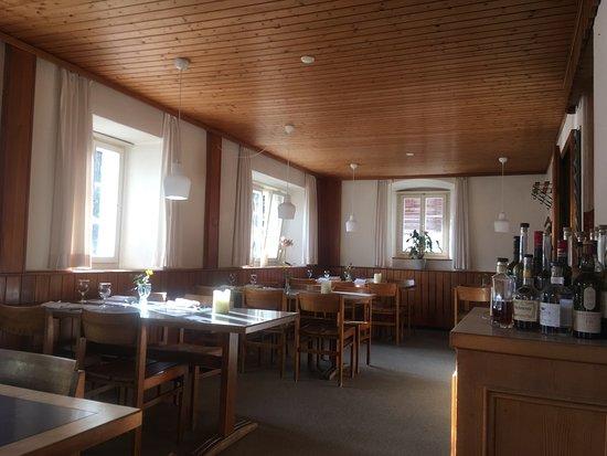 Lumbrein, Швейцария: Restaurant Innenansicht