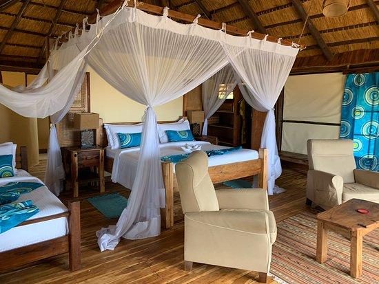 Национальный парк Саадани, Танзания: Saadani Safari Lodge