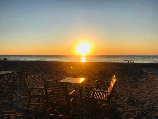 Shengjin, แอลเบเนีย: Sunset at the beach 🌅