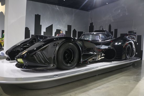 Skip the Line: Petersen Automotive Museum General Admission Ticket: Batmobile