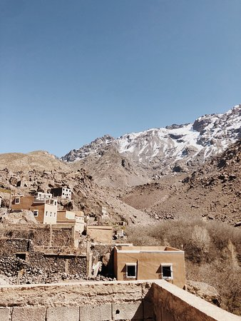 Full-Day Shared Guided Tour at Atlas Mountains with Lunch: Lunch overlooking Atlas Mountains
