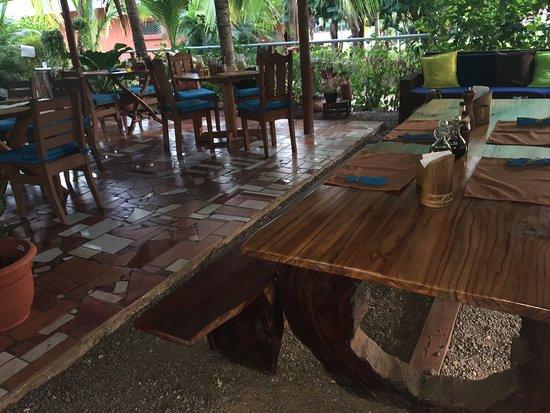 Corozalito, Costa Rica: Restaurante A La Lena Yorleny