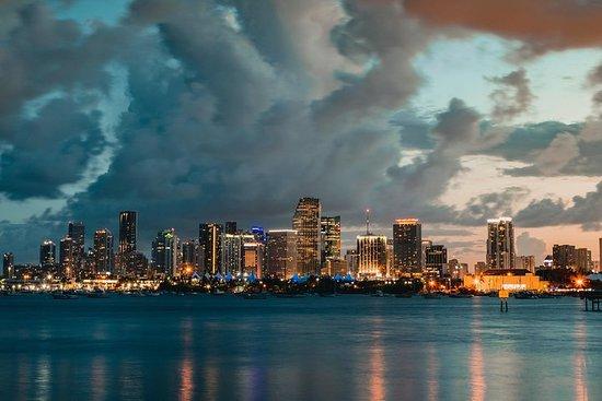 Romantic Miami Air Tour With Champagne - 45 min - PRIVATE