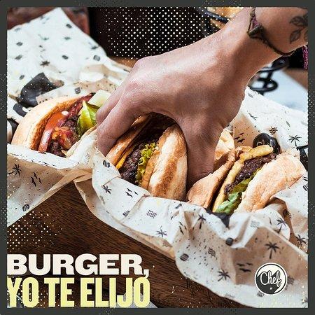 Disfruta de las mejores hamburguesas de la ciudad, en un espacio que ¡te inspira!