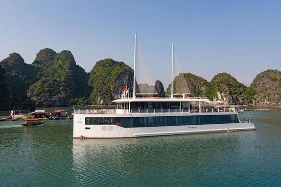 Jade Sails - Luxury cruise in Ha Long...