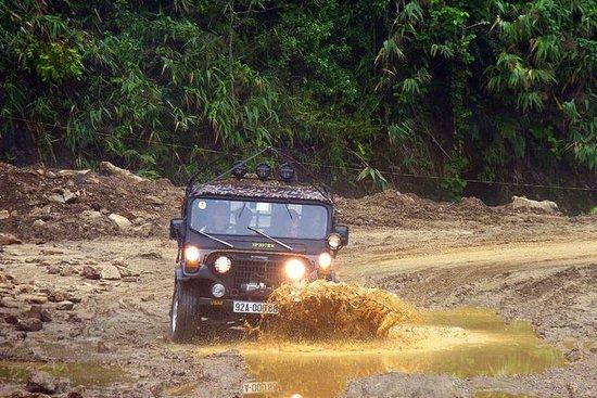 Von Hoi An: My Son Sanctuary und Marble Mountains Mit dem Jeep