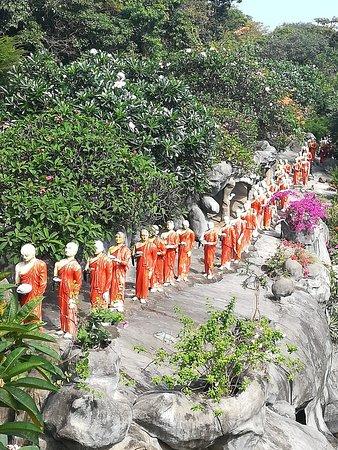 Kandalama, Sri Lanka: Muditours, Rangiridabulla temple,  Dabulla Sri Lanka