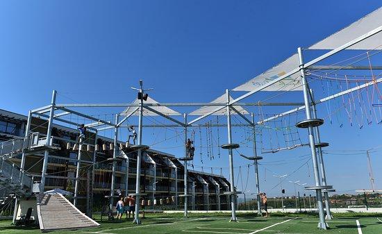 Action Park Topola Skies