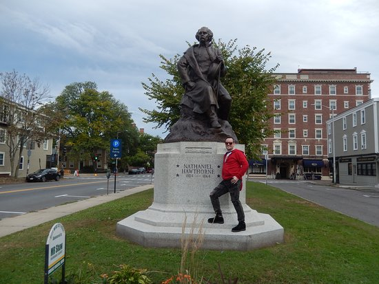 Nathanial Hawthorne Statue