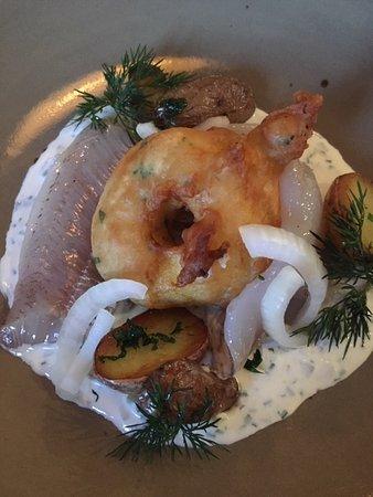 Eggstaett, Германия: Renken Matjes mit Aofelkuecherl + kl. Kartoffeln  in Vorspeisenportion