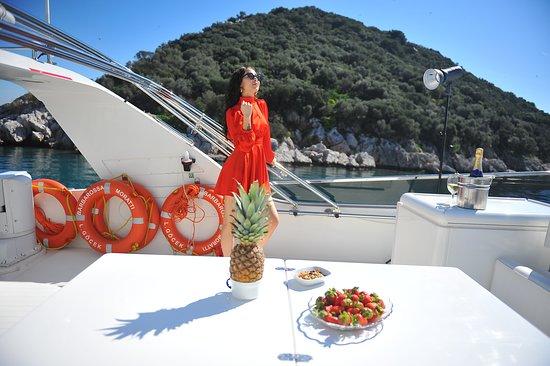 Yacht  Belek AYA Yachting