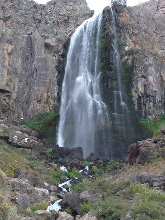 Manzano Amargo, Argentina: Cascada La Fragua. Se llega fácilmente por un sendero bien delimitado.