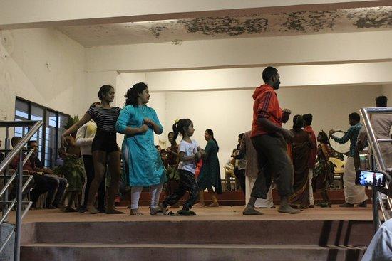 folks dance